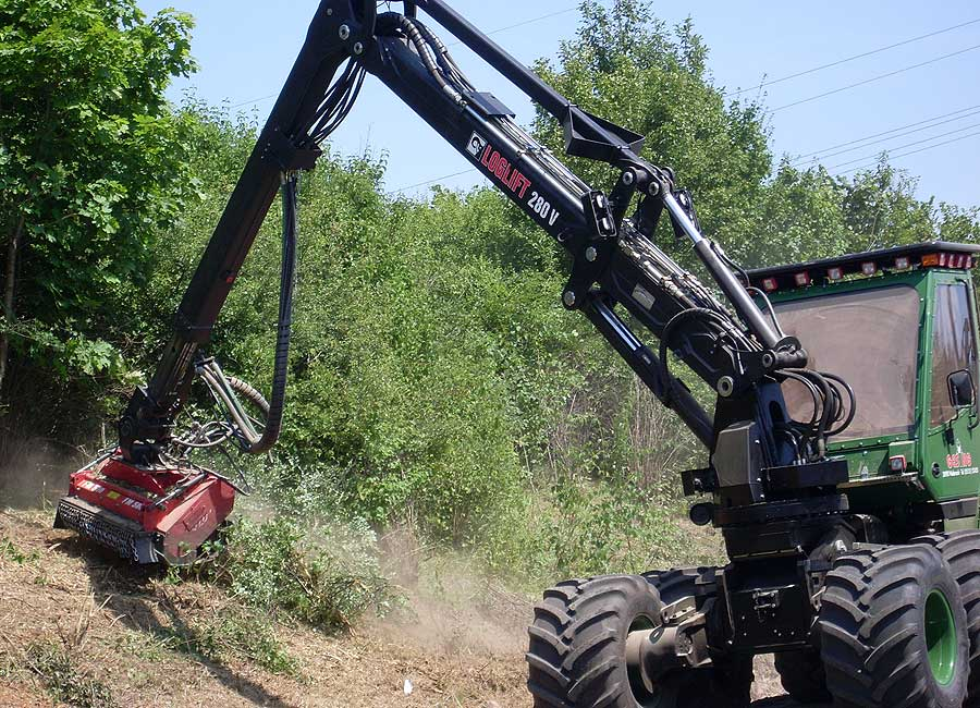 Mulcher attachment on harvester